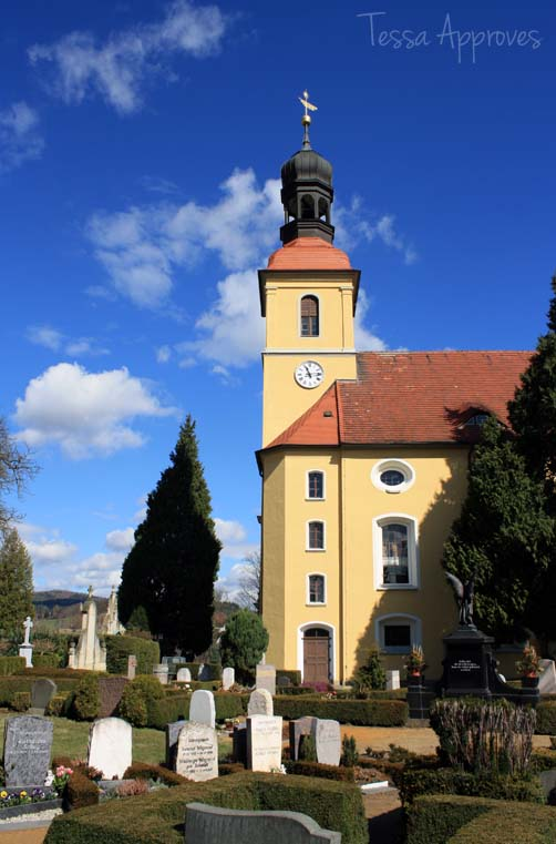 Church and cemetery in Großschönau
